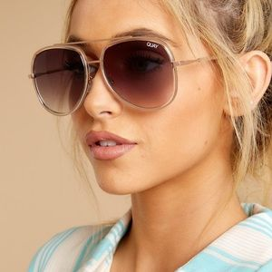 QUAY AUSTRALIA NEEDING FAME SUNGLASSES